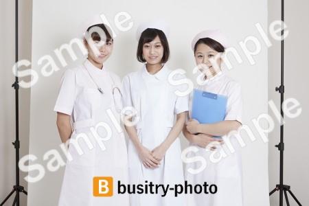 微笑む看護師さんたち